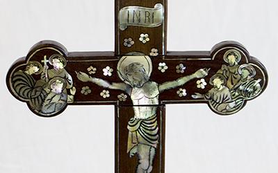 Crucifix Tonkin