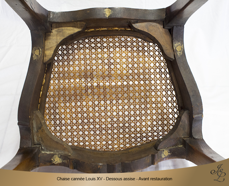 03-Chaise cannée Louis XV dessous assise