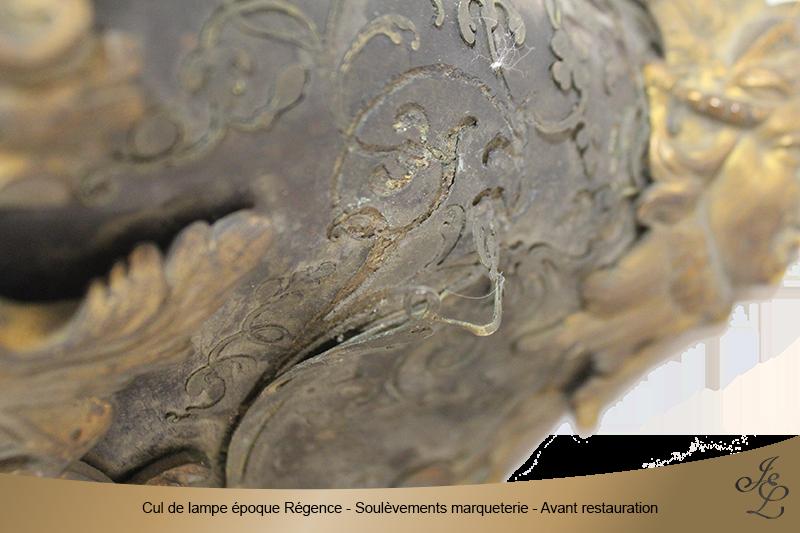 03-Cul de lampe époque Régence - Soulèvements marqueterie - Avant restauration