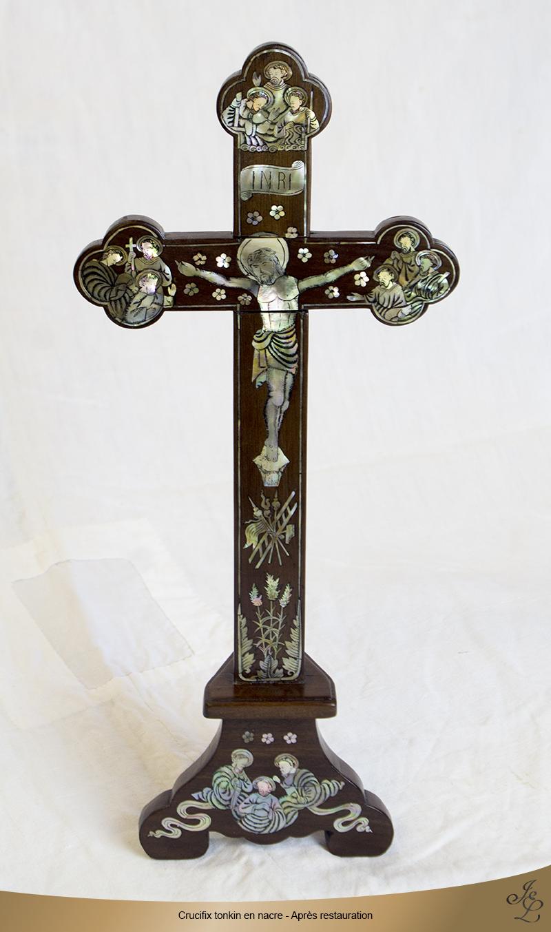06-Crucifix tonkin en nacre après restauration