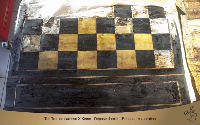 08-Tric Trac de carosse dépose damier pendant restauration