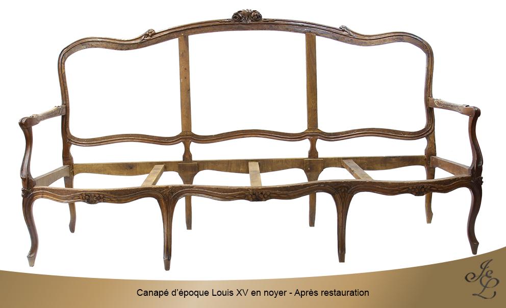 Canapé d'époque Louis XV en noyer - Après restauration