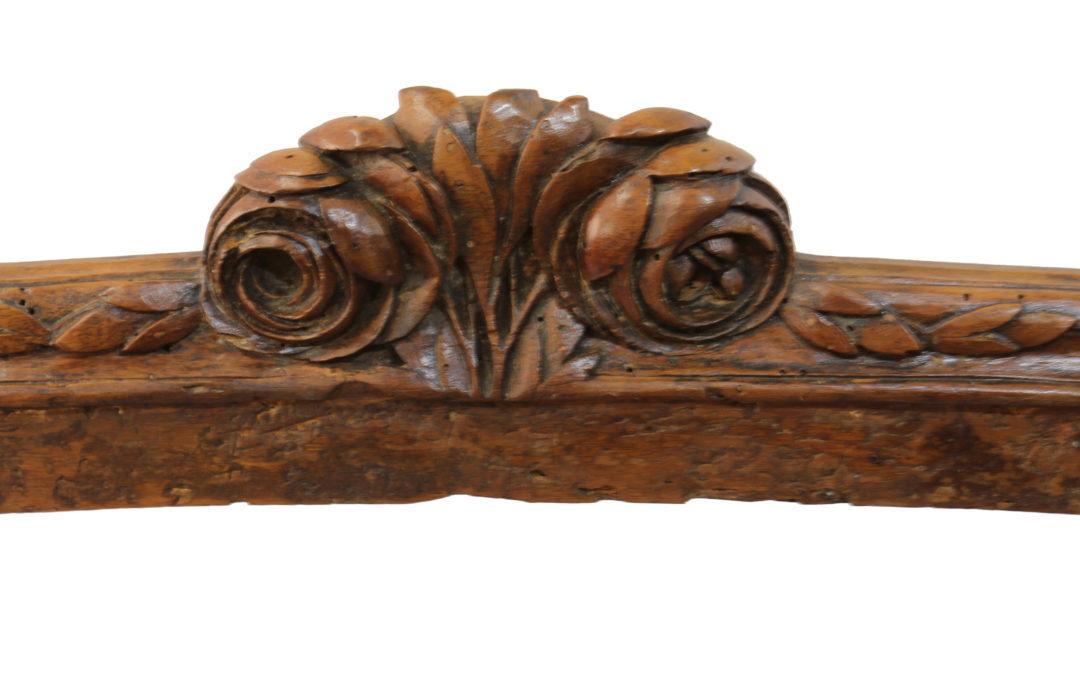 Canapé d'époque Louis XV
