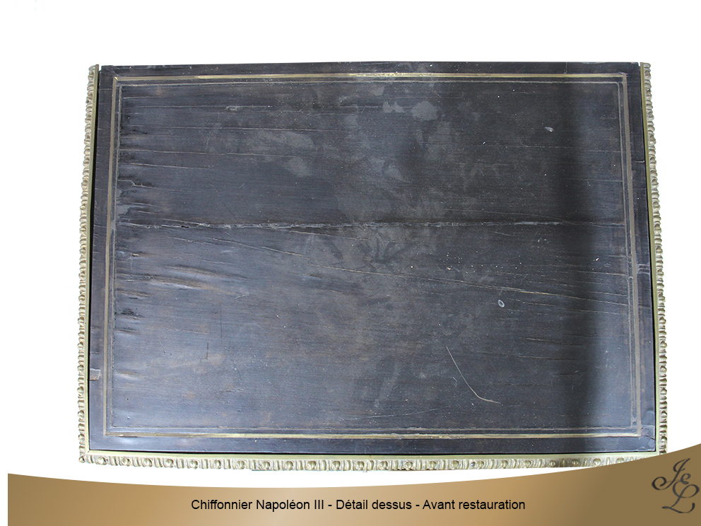 Chiffonnier Napoléon III - Détail dessus - Avant restauration
