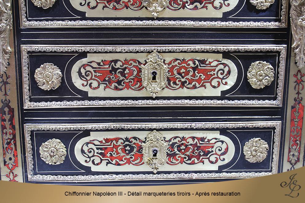 Chiffonnier Napoléon III - Détail marqueteries tiroirs - Après restauration