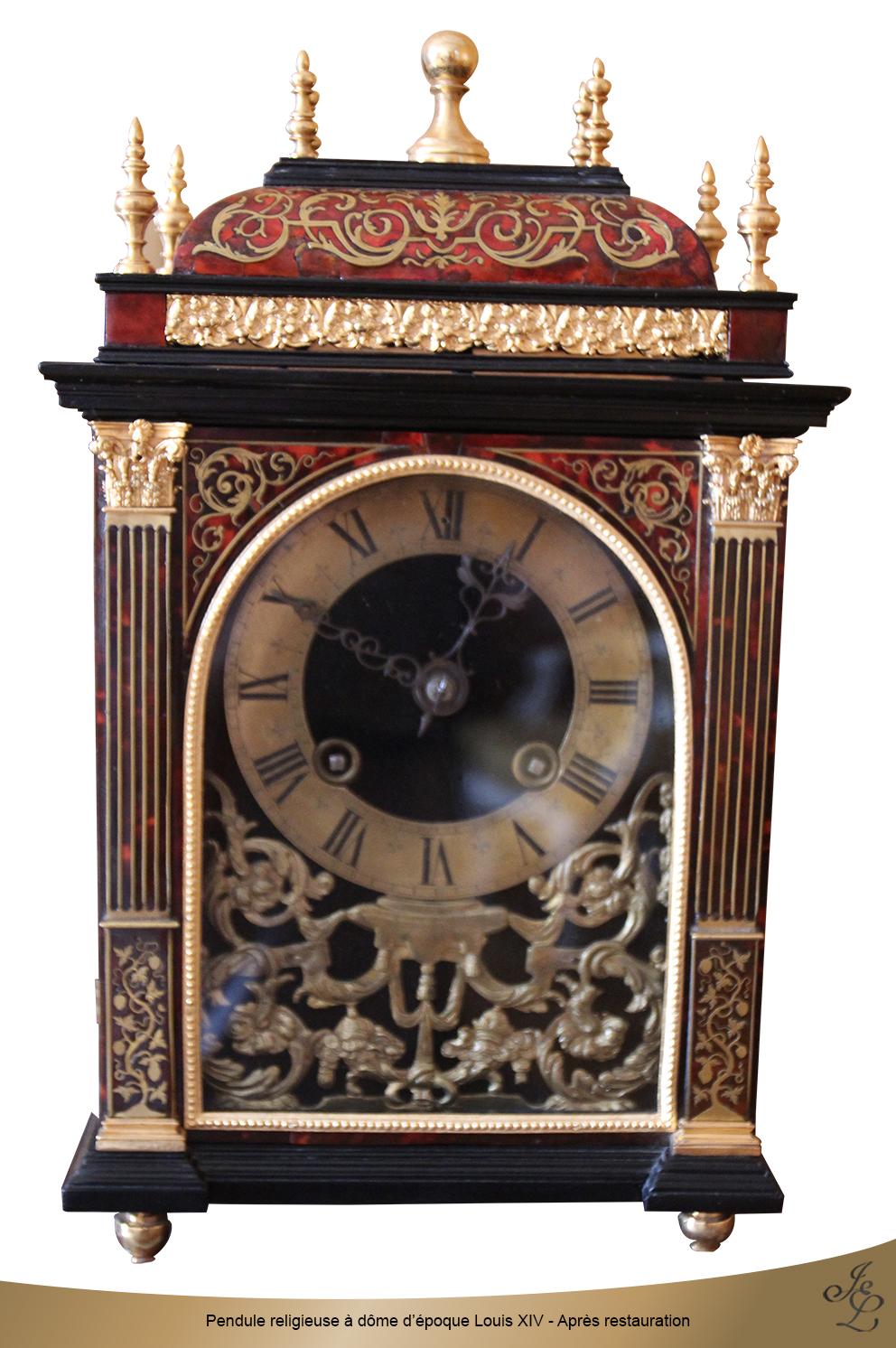 Pendule religieuse à dôme d'époque Louis XIV - Après restauration