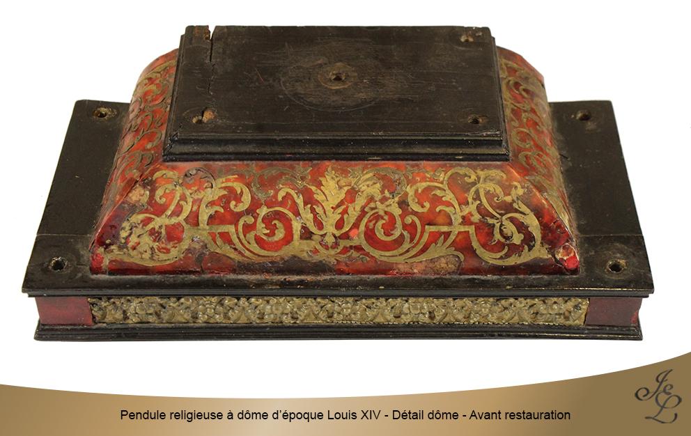 Pendule religieuse à dôme d'époque Louis XIV - Détail dôme - Avant restauration