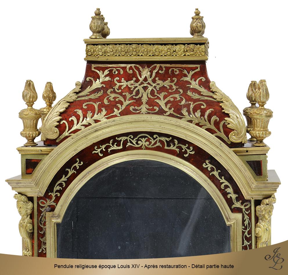 Pendule religieuse époque Louis XIV - Après restauration - Détail partie haute