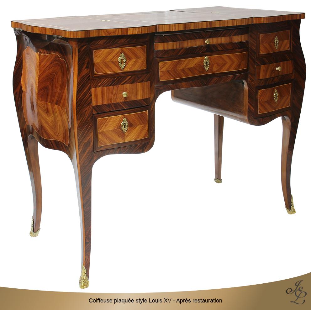 Coiffeuse plaquée style Louis XV - Après restauration 3