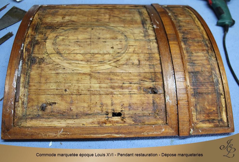 Commode marquetée époque Louis XVI - Pendant restauration - Dépose marqueteries1